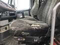 2004 Volvo VNL64T300 Semi Truck