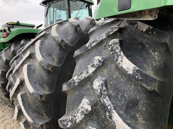 2014 John Deere 9460R Tractor