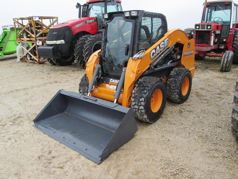 2013 Case SV250 Skid Steer