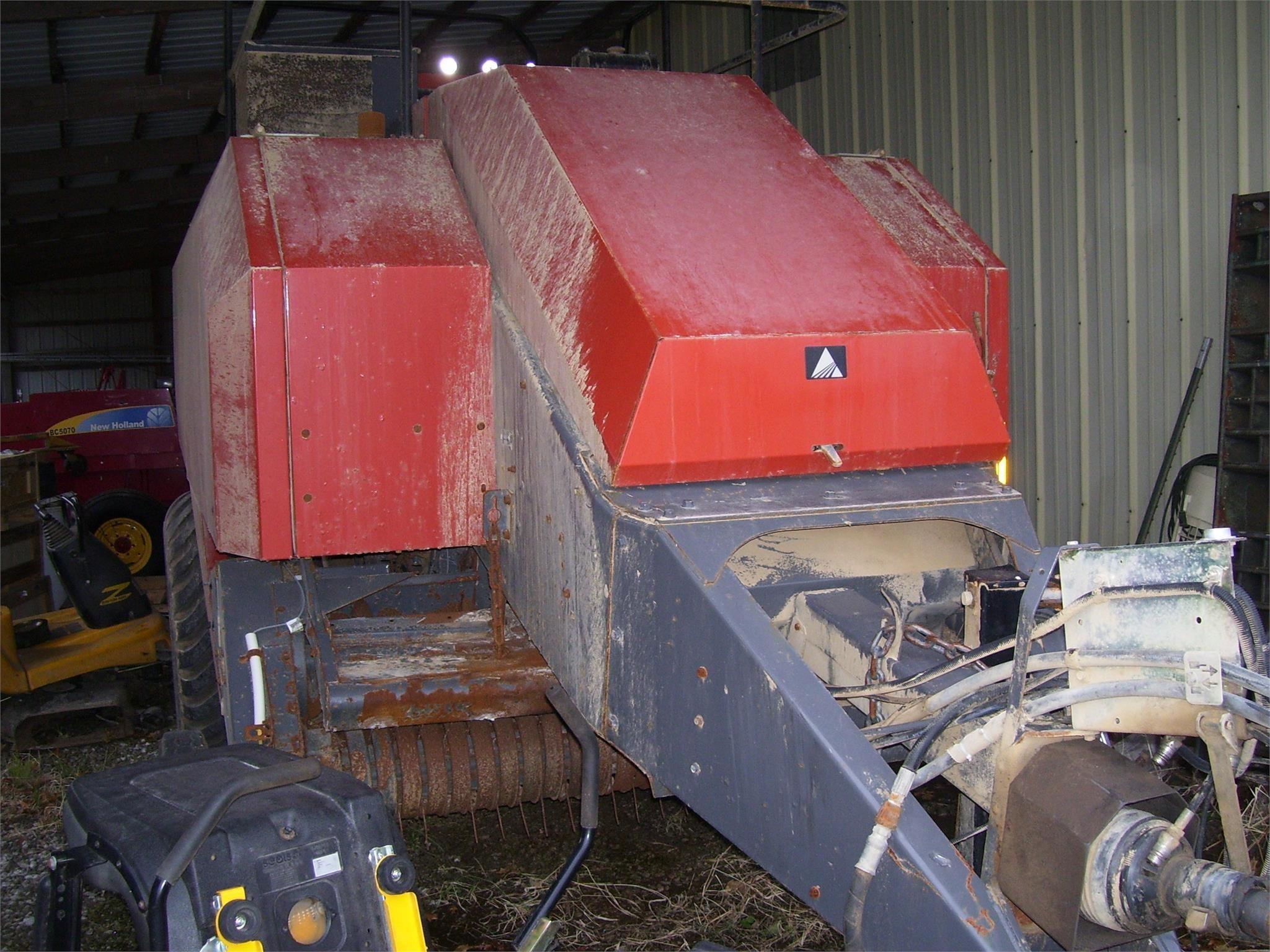 2007 AGCO 7430 Big Square Baler