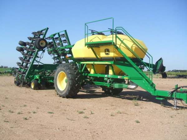 2008 John Deere 1895 Air Seeder
