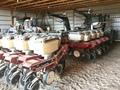 1999 White 6524 Planter