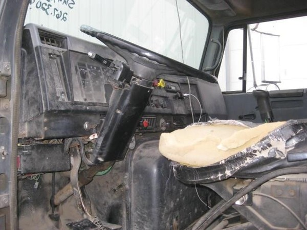 1992 International 9200 Semi Truck