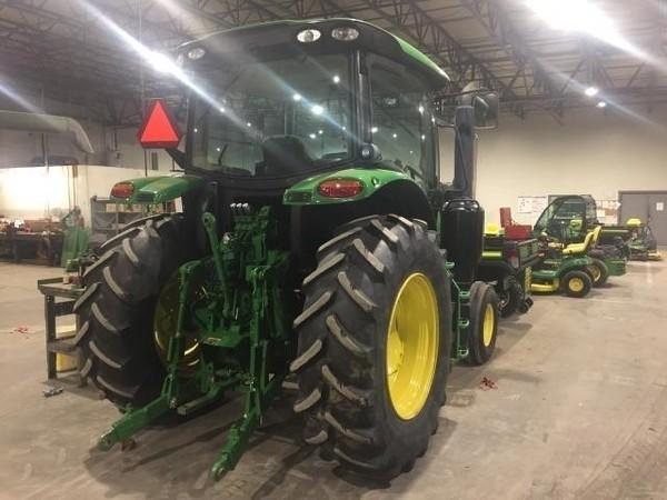 2015 John Deere 6110R Tractor