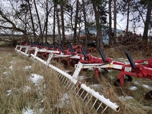 Case IH 800 Plow