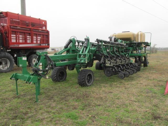 2011 Great Plains YP4025A Planter