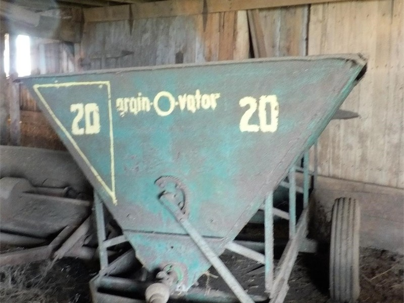 Used Grain-O-Vator Feed Wagons for Sale   Machinery Pete