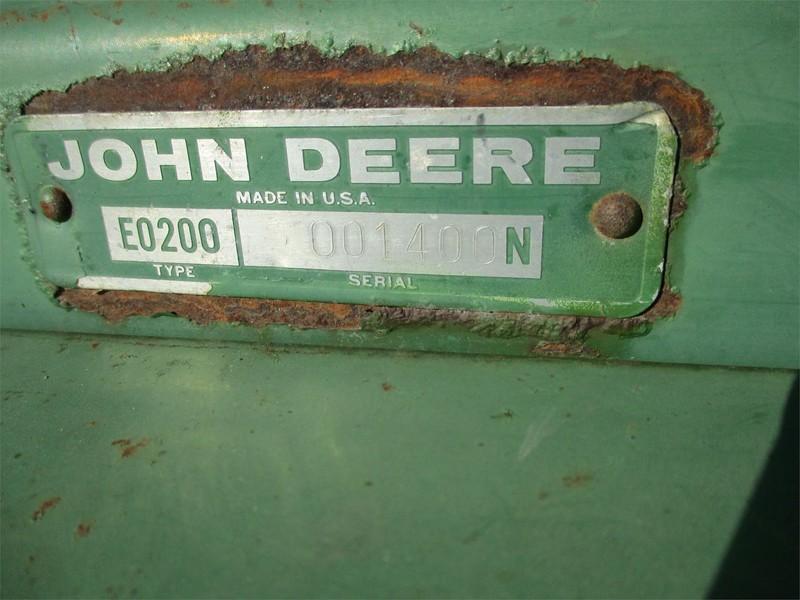 John Deere 200 Hay Stacking Equipment