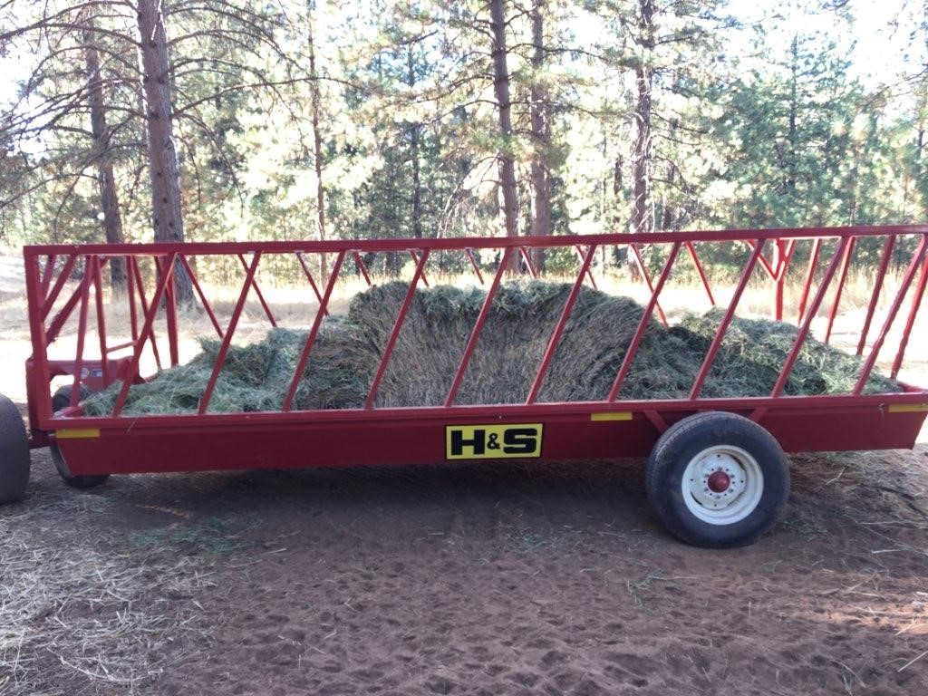2018 H & S FWS2B Feed Wagon
