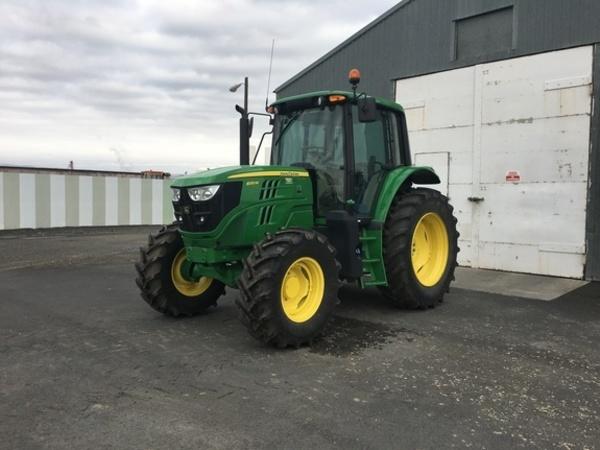 2018 John Deere 6120M Tractor