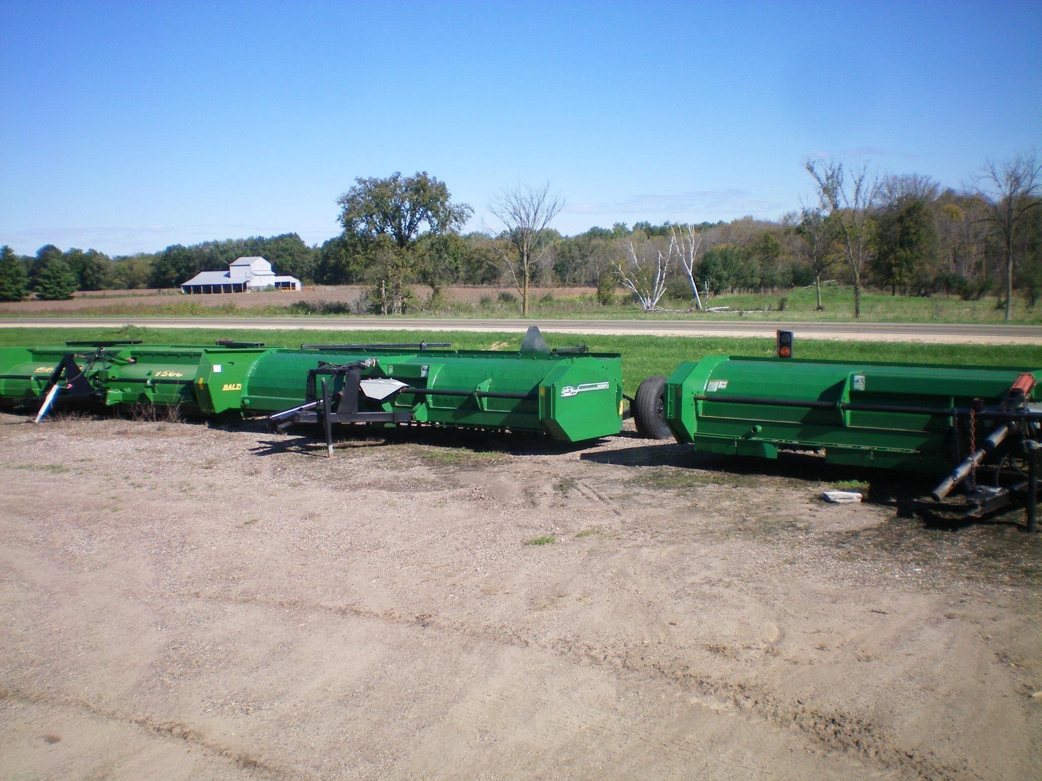 Balzer 1500 Grain Cart