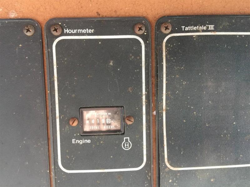 1987 Gleaner L3 Combine
