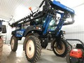 2013 New Holland SP.275F Self-Propelled Sprayer