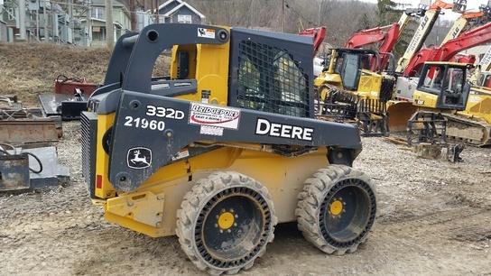 2012 Deere 332D Skid Steer