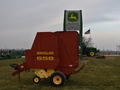 2002 New Holland 658 Round Baler