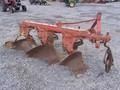 Case IH 3 Plow