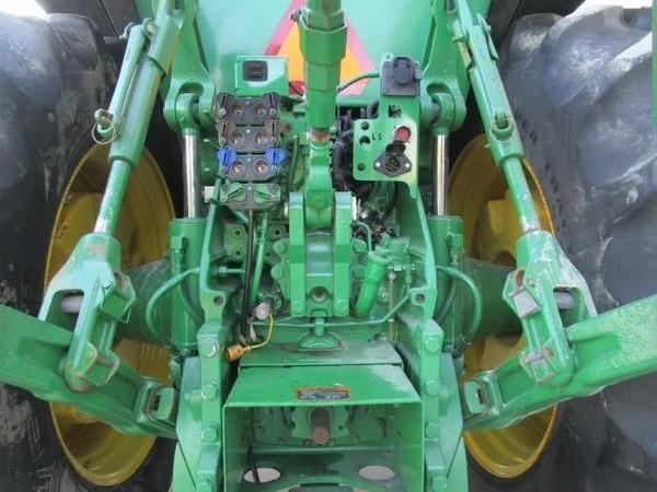 2014 John Deere 8370R Tractor