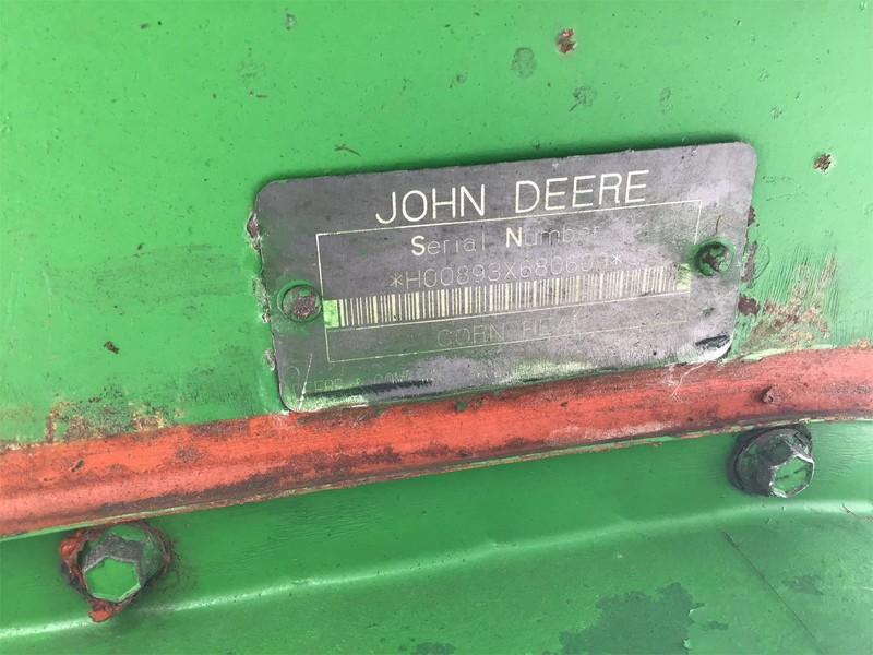 John Deere 893 Corn Head