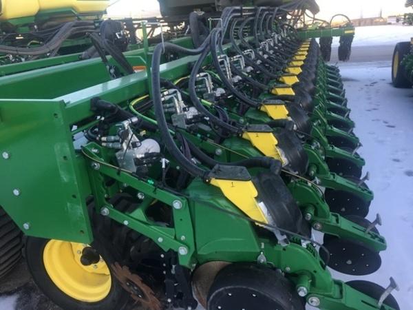 John Deere Db66 Planters For Sale Machinery Pete