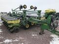 2004 John Deere DB44 Planter