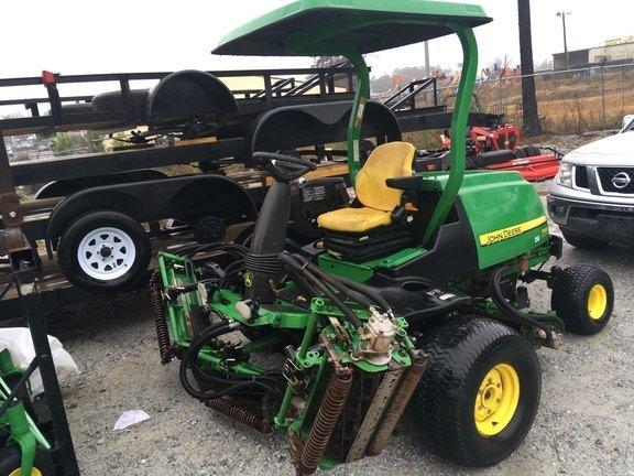 2012 John Deere 7700 Lawn and Garden