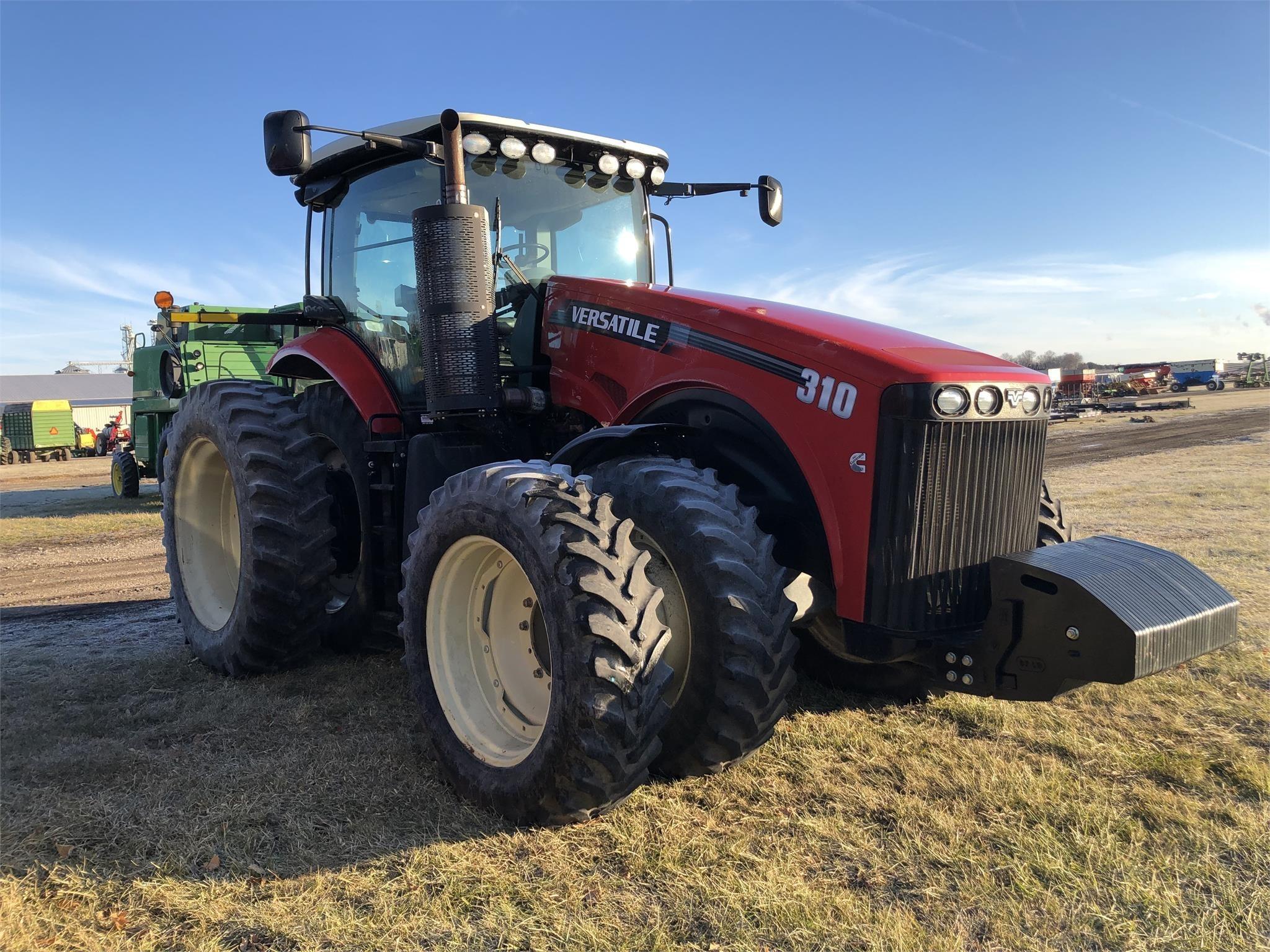 2014 Versatile 310 Tractor