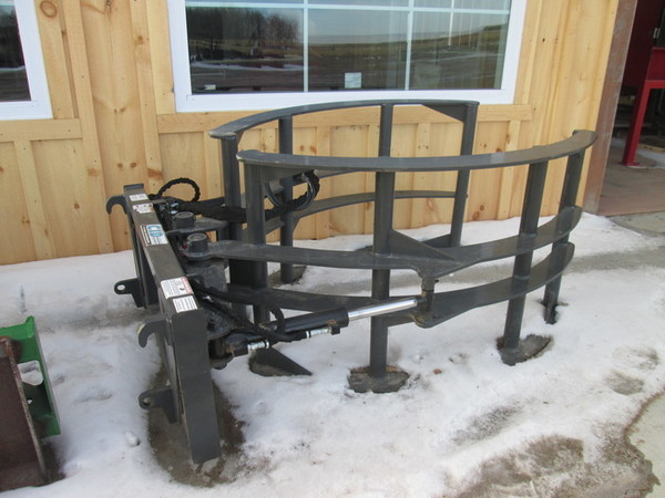 CID XBS Loader and Skid Steer Attachment