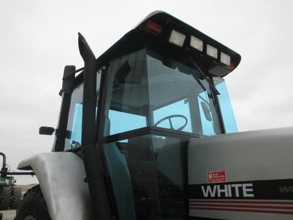 1994 AGCO White 6124 Tractor