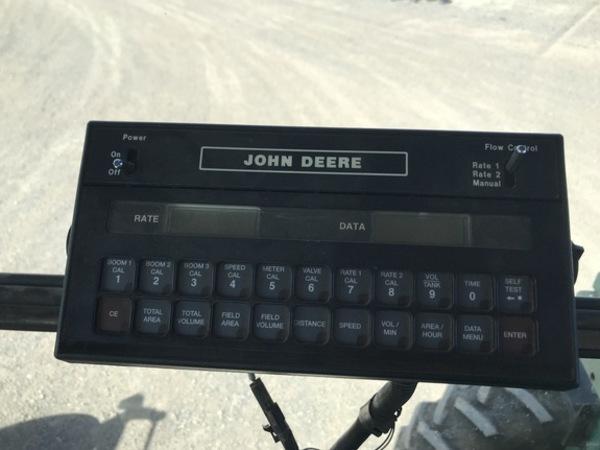 1993 John Deere 6500 Self-Propelled Sprayer