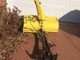 John Deere 42-inch Snow Thrower