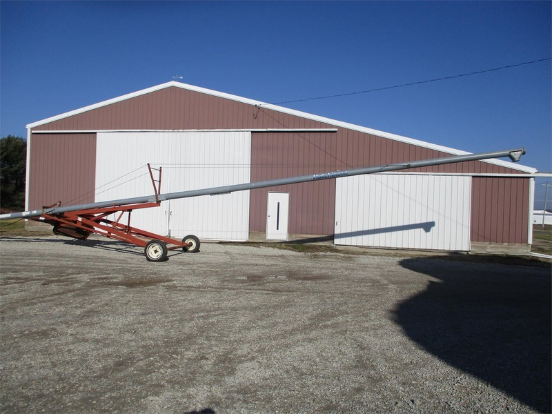 Hutchinson 8x61 Augers and Conveyor