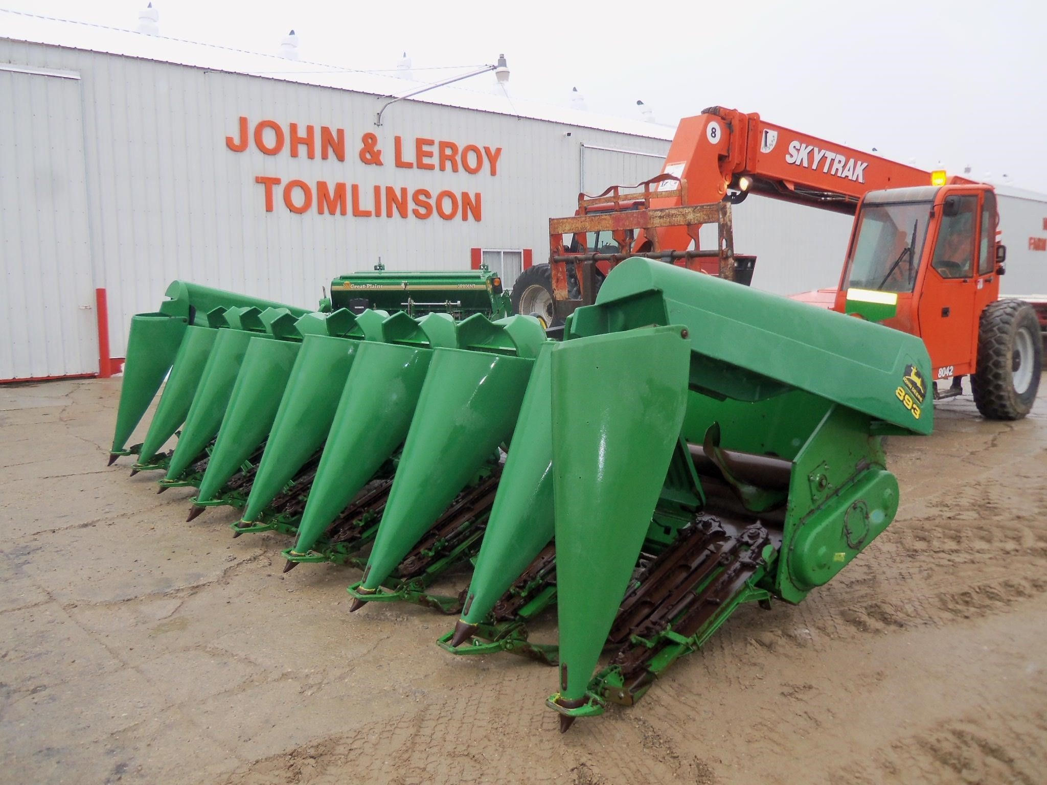 2000 John Deere 893 Corn Head