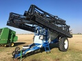 2009 New Holland SF216 Pull-Type Sprayer
