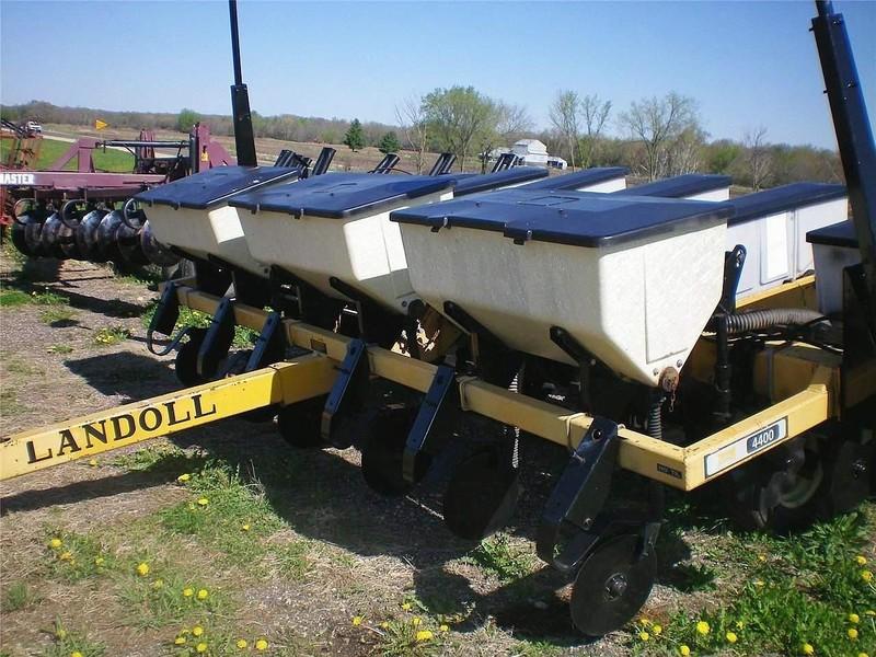 Landoll 4400 Planter