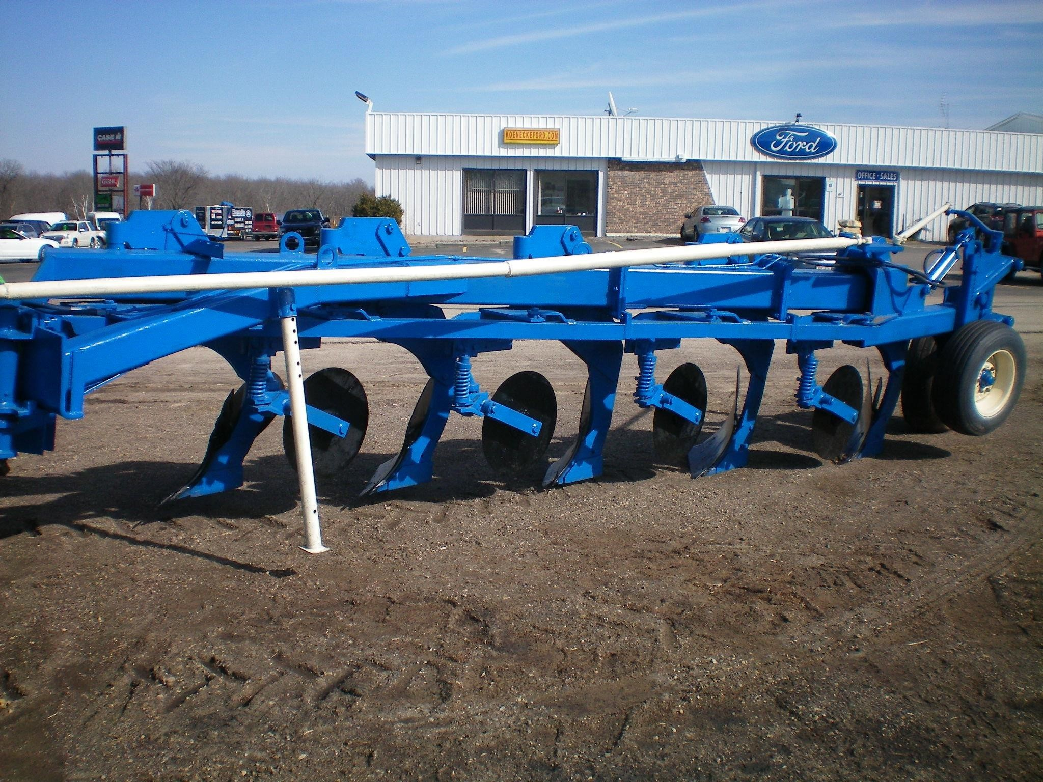 DMI 645 Plow
