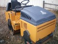 2000 Stone WOLFPAC 3100 Compacting and Paving