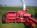 Gehl 1260 Pull-Type Forage Harvester