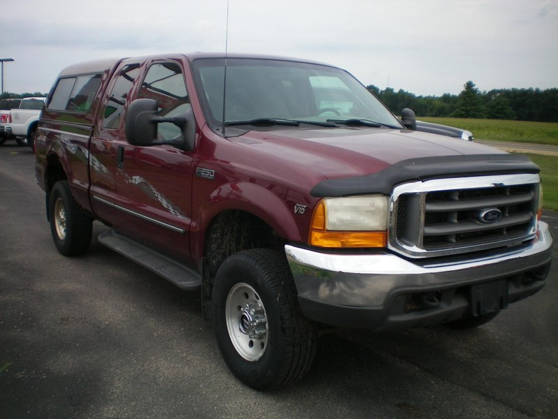 1999 Ford F250 XLT SD Pickup