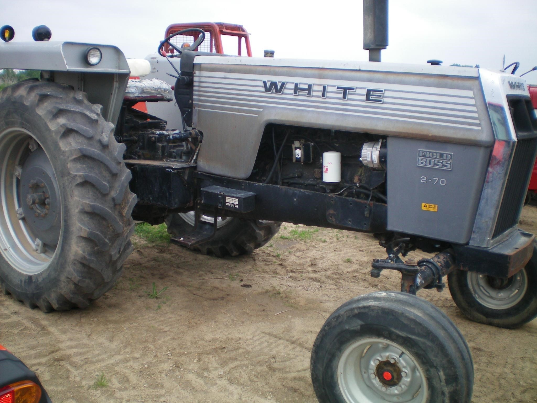 1979 White 2-70 Tractor