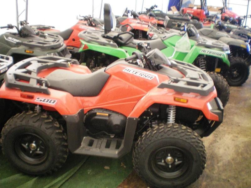2017 Arctic Cat 500 ATVs and Utility Vehicle
