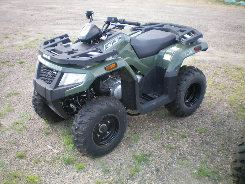 2017 Arctic Cat 300 ATVs and Utility Vehicle
