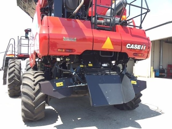2014 Case IH 8230 Combine