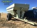 1995 Orthman 897 Grain Cart