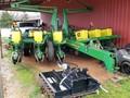 2001 John Deere 1760NT Planter