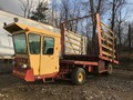 1988 New Holland 1069 Bale Wagons and Trailer