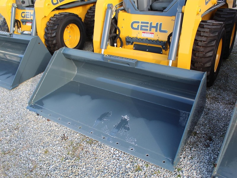 "Gehl 74"" Loader and Skid Steer Attachment"