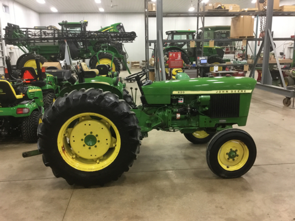 1973 john deere 820 tractor bluffton indiana. Black Bedroom Furniture Sets. Home Design Ideas