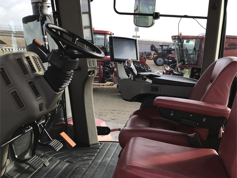 2014 Case IH Steiger 400 RowTrac Tractor