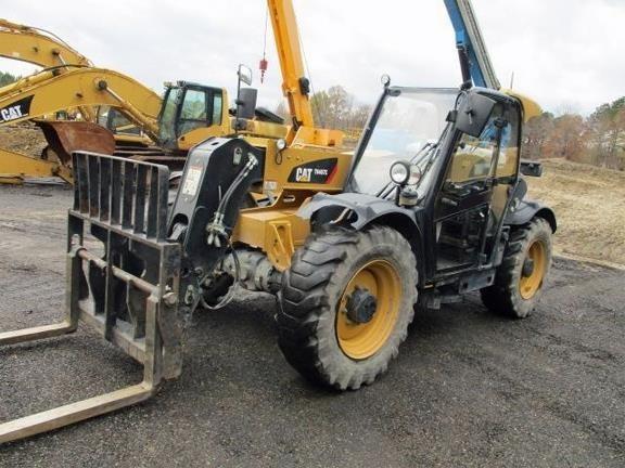2015 Caterpillar TH407 Forklift