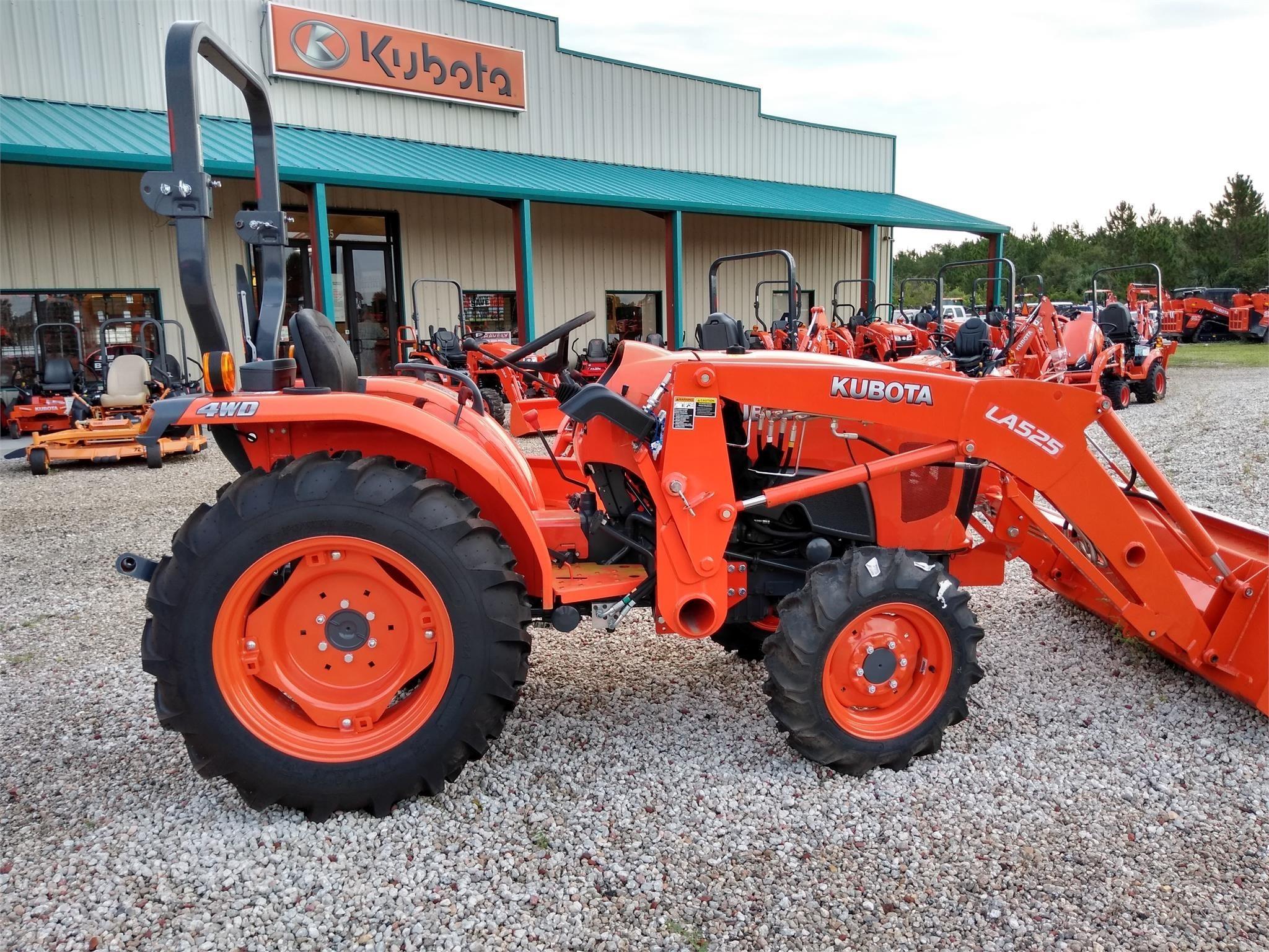 2020 Kubota L3301 Tractor
